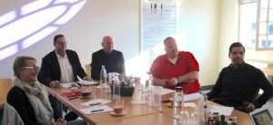 Die Teilnehmer folgten dem Vortrag von Herrn Gondek sehr gespannt.