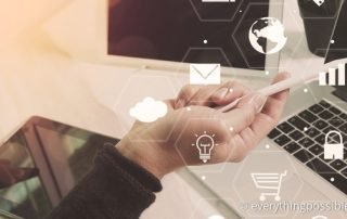 Im Omnichannel Marketing werden alle möglichen Kanäle innerhalb einer Customer Journey zur Kunden-Kommunikation eingesetzt. Foto: everythingpossible/Fotolia