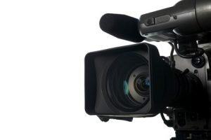 Ein Foto der Linse einer Kamera.