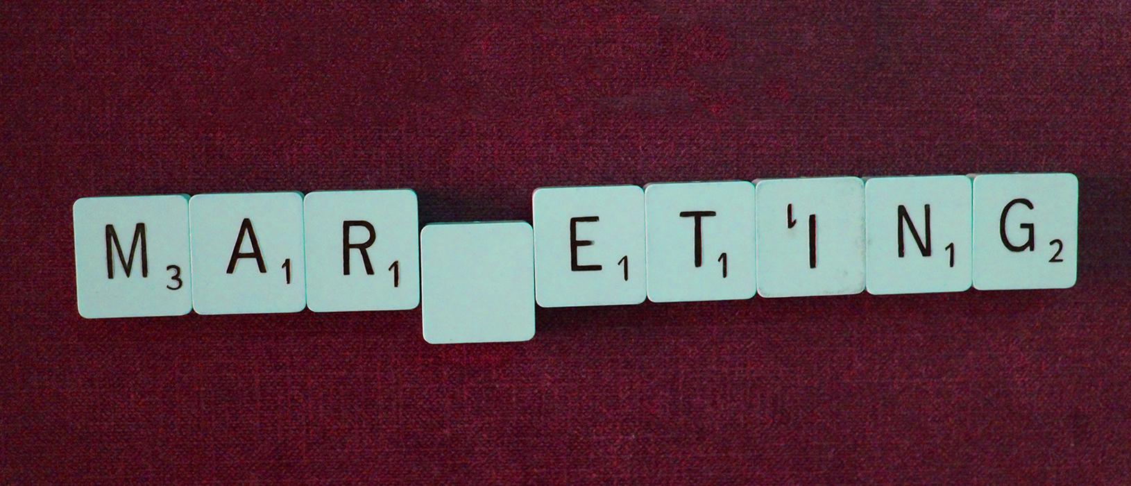 Marketing gilt in vielen Unternehmen als Geldverschwendung. Foto: Pixabay, Montage: Marketing im Pott