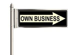 Einbahnstraßenschild mit der Aufschrift: Own Business