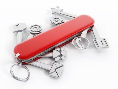 Ein Schweizer Taschenmesser doch die Tools sind typische Computersymbole