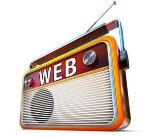 """Ein Radio auf dem """"Web"""" steht"""