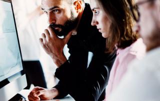 Bei der Digitalen Kommunikationsstrategie wird die Herausforderung strategisch-analytisch angegangen. Foto: SFIO CRACHO/Fotolia