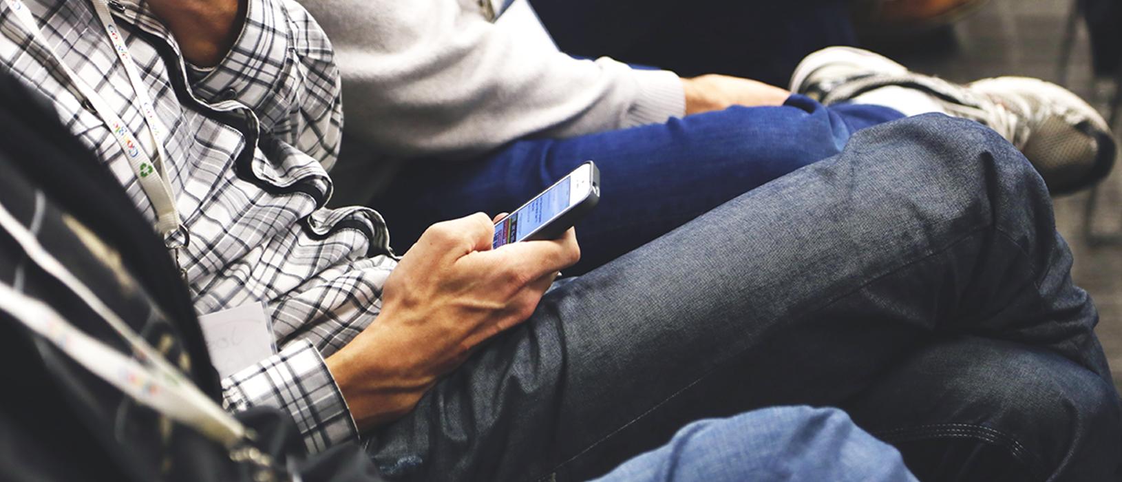 Durch WLAN-Marketing lassen sich Angebote geschickt direkt auf dem Smartphone des Kunden platzieren. Foto: Pixabay