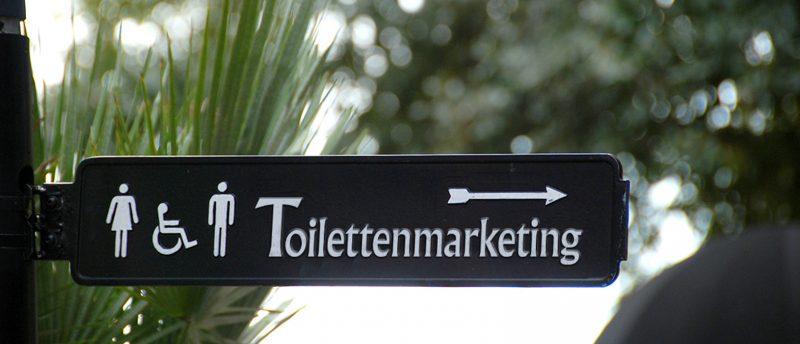 Werbung an ungewöhnlichen Orten oder Plätzen fällt besonders auf. Foto/Montage: Marketing im Pott