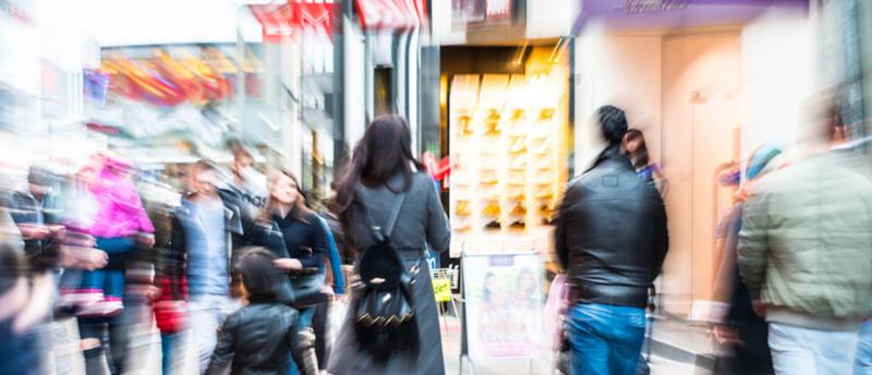 Mit Lieferservice und Sonderprodukten stellt sich der stationäre Einzelhandel digital auf. Foto: Gerhard Seybert/Fotolia