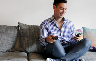 Ob TV, Smartphone oder Tablet - immer mehr Menschen nutzen ihre Endgeräte parallel. Hieraus entstehen neue Unterhaltungsformate. Quelle: iStock