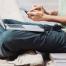 Remote-Freelancer arbeiten unabhängig von Ort und Uhrzeit. Die Beauftragung bringt viele Chancen für Unternehmen mit sich, sofern ein paar Faktoren berücksichtigt werden. Bild: iStock