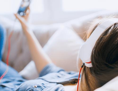 Volle Aufmerksamkeit mit diesen 3 Online-Audio-Werbeformen