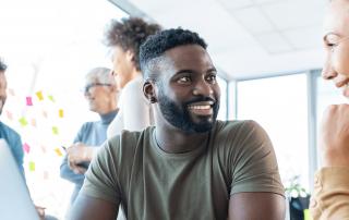 Agile Führung bietet für Mitarbeiter und Management viele Chancen, wenn ein paar Erfolgsfaktoren berücksichtigt werden. Bild: iStock