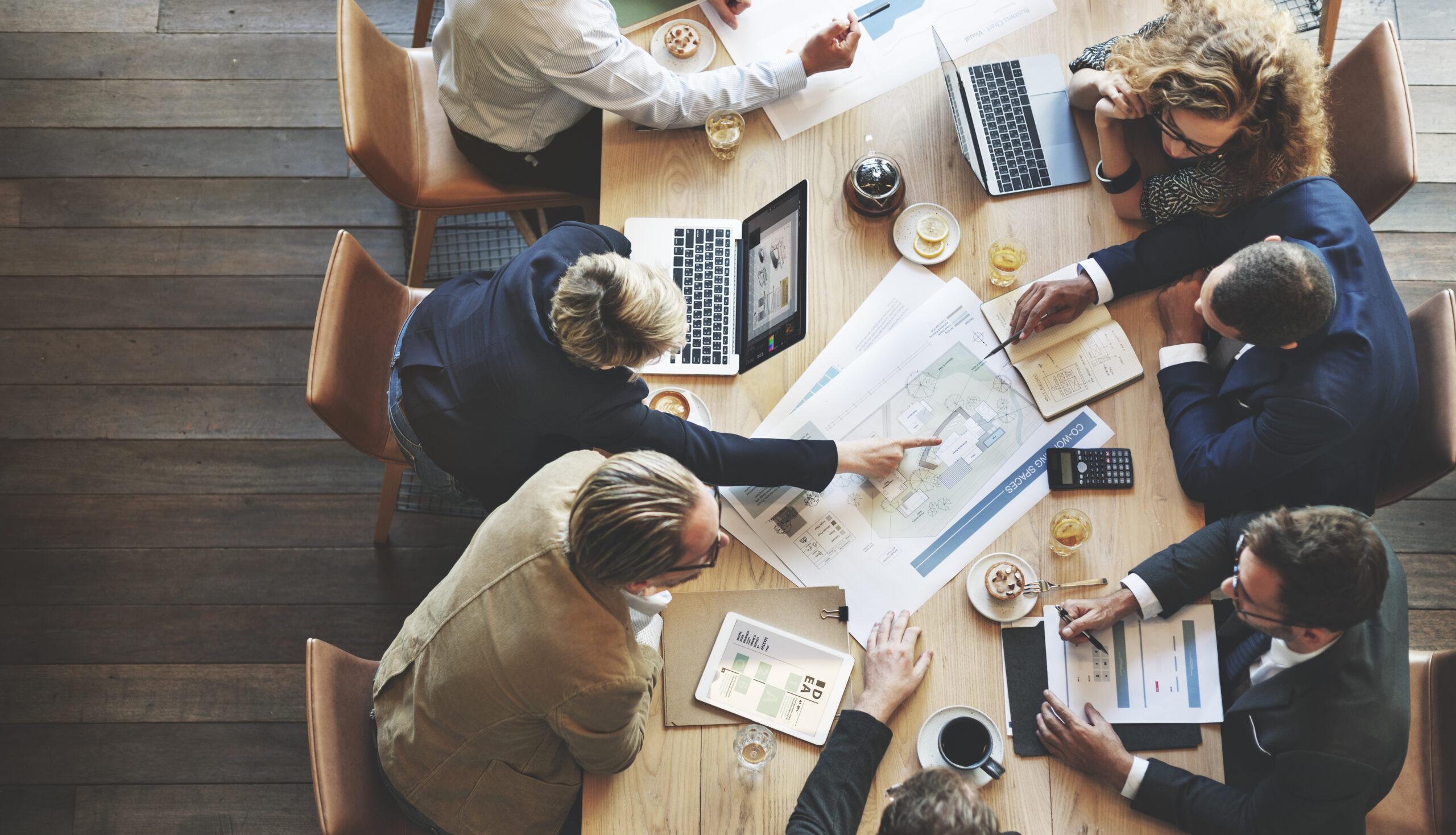 Alle Jahre wieder liegt die Jahresplanung für das neue Geschäftsjahr auf dem Tisch vieler Unternehmen. Bild: iStock